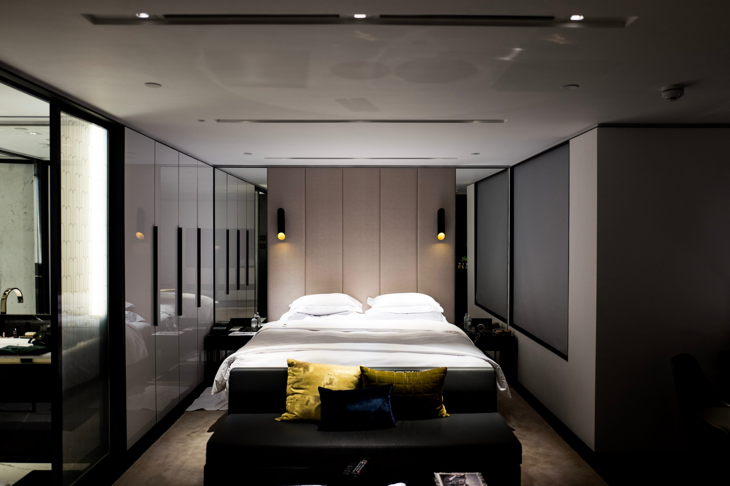 How to Click Breathtaking Interior Photographs?